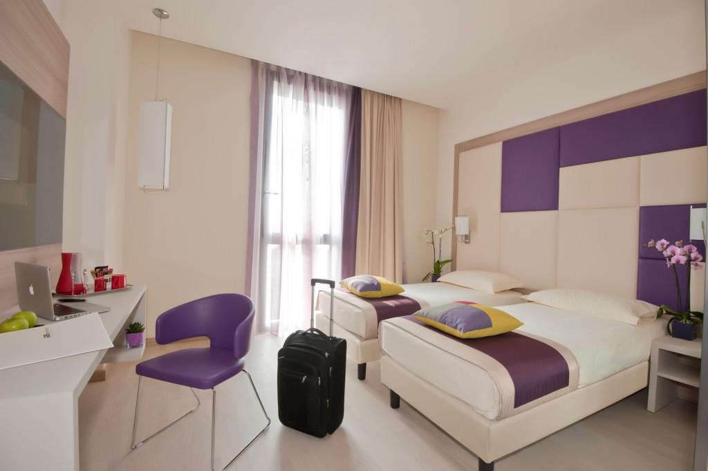 3-room-suite-4