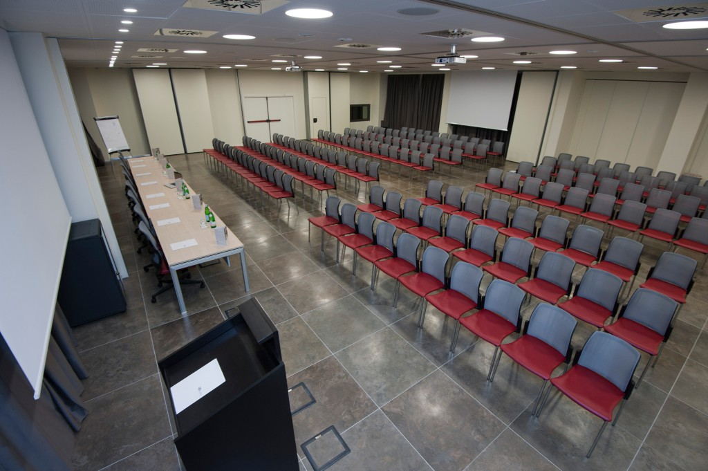 6-congress-center-10